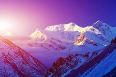 capped bergsnow Royaltyfria Bilder