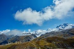capped bergsnow Arkivbilder
