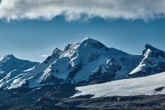 capped bergsnow Royaltyfri Bild