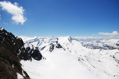 Capped mountain peaks Royalty Free Stock Photos