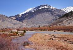 capped stenig snow för colorado berg Arkivfoton