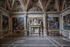 Cappella Caracciolo chiesa San Giovanni en Carbonara Napoli Arkivfoton