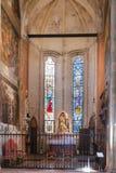 Cappella con l'altare in chiesa di Sant Anastasia Immagini Stock