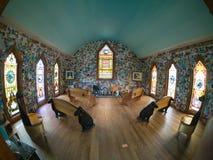 Cappella del cane dello Stephen Huneck interno Immagine Stock