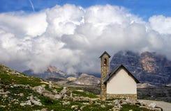 Cappella in dolomia, Italia della montagna Fotografie Stock Libere da Diritti