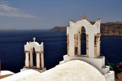 Cappella nell'isola di Santorini immagini stock libere da diritti