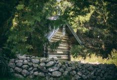 Cappella nella foresta Fotografie Stock
