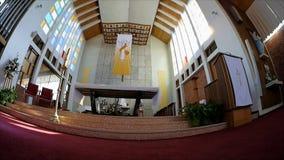 Cappella o pompe funebri religiosa per funerale stock footage