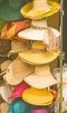 Cappelli delle signore per estate. immagine stock