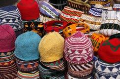 Cappelli marocchini lavorati a maglia variopinti Fotografia Stock