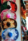 Cappelli variopinti del mariachi messicano di Charro fotografia stock libera da diritti