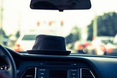 Cappello in automobile Immagine Stock