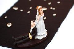 Cappello a cilindro della torta dello sposo e della sposa Immagini Stock Libere da Diritti