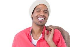 Cappello d'uso sorridente del beanie dell'uomo Fotografia Stock Libera da Diritti