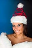 Cappello di Natale sulla donna di inverno Fotografia Stock Libera da Diritti