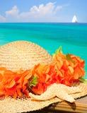 Cappello e stelle marine da Ocean Fotografie Stock Libere da Diritti