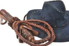 Cappello intrecciato del cowboy & della frusta Immagini Stock