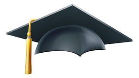 Cappello o cappuccio del bordo del mortaio di graduazione Immagini Stock Libere da Diritti