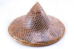 Cappello per l'agricoltore o il giardiniere fatto da bambù con il percorso di ritaglio, Tailandia Fotografia Stock Libera da Diritti