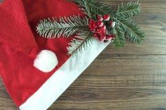 Cappello rosso della Santa Fotografia Stock Libera da Diritti