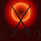 Cappotto della siluetta della spada di tramonto delle braccia Fotografia Stock Libera da Diritti