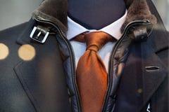Cappotto, legame e camicia immagini stock libere da diritti