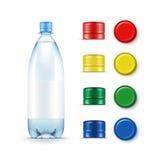Cappucci rossi multicolori di verde giallo della bottiglia di acqua blu di plastica in bianco illustrazione vettoriale