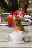 Cappuccini della tazza di caffè Fotografia Stock