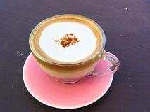 Cappuccino caldo della tazza di caffè Fotografia Stock Libera da Diritti