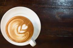 Cappuccino caliente Foto de archivo libre de regalías