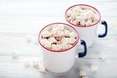 Cappuccino com marshmallow Imagem de Stock