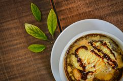 Cappuccino con il gelato Immagine Stock Libera da Diritti