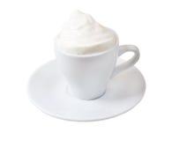 Cappuccino.Cup des Kaffees auf einem weißen Hintergrund stockfotografie