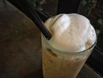 Cappuccino helado Café helado con leche Fotografía de archivo