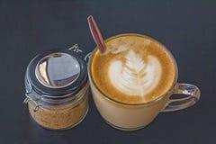 Cappuccino-Kaffee Stockbild