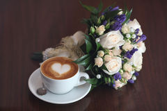 Cappuccino lovers flowers heart coffee Stock Photos