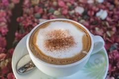 Cappuccino ou café de latte Photos stock