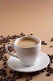 Cappuccino por o tempo do café imagem de stock