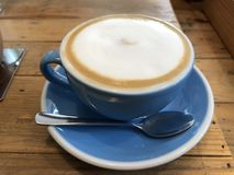 Cappuccino quente fotografia de stock royalty free