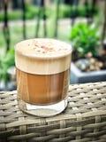 Cappuccino's in een glas royalty-vrije stock foto