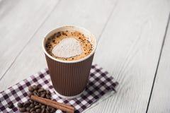 Cappuccino smakowita filiżanka Zdjęcia Stock