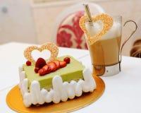 cappuccino tortowa zielona herbata zdjęcie stock