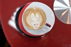 cappuccinocoffekopp arkivbilder