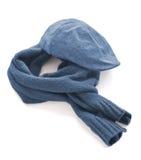Cappuccio blu e sciarpa calda Immagine Stock