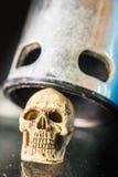 Cappuccio del cranio sopra la porta Fotografia Stock Libera da Diritti