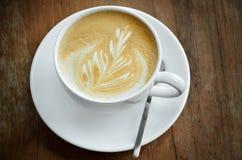 Cappucino-Kaffeetasse Lizenzfreie Stockfotos