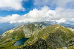 Capra湖, Fagaras Mountaines,罗马尼亚 免版税图库摄影