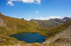Capra jezioro w Fagaras górach Fotografia Stock