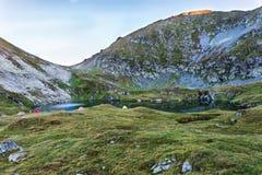 Capra See in Fagaras-Bergen Rumänien Lizenzfreie Stockfotografie