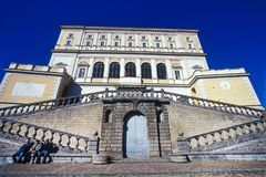 CAPRAROLA, ITÁLIA - 27 de novembro de 2011: A casa de campo Farnese na cabra Fotografia de Stock Royalty Free